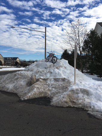 Snow pile blocking PW Parkway bike path on 6 February 2016. Photo courtesy of Rick Holt.